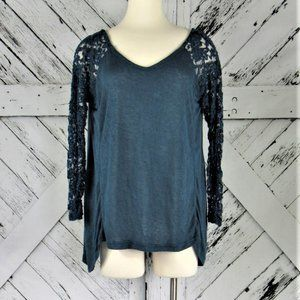 Rue21 Shark-Bite Knit Top with Lace Sleeves